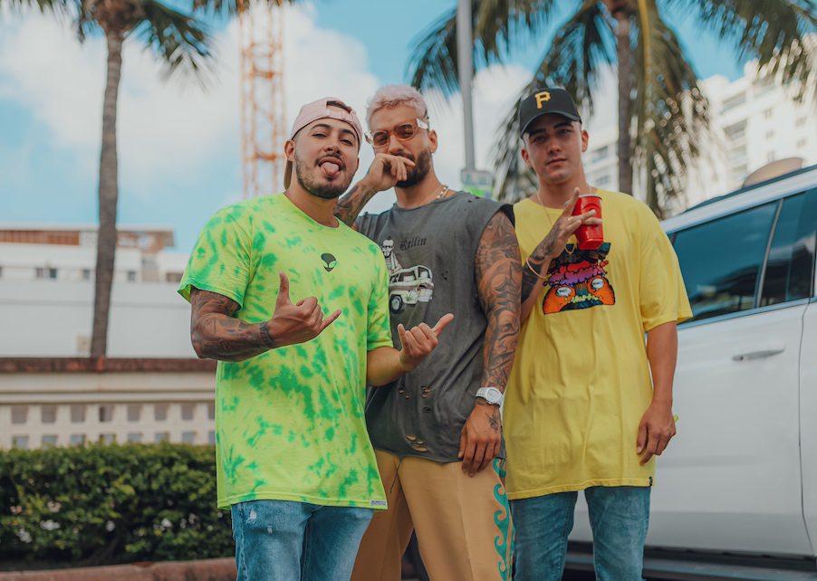 """Maluma y productores Chan El Genio & Kevin ADG colocan """"Hawái"""" en el número uno de Billboard Global Excl US"""